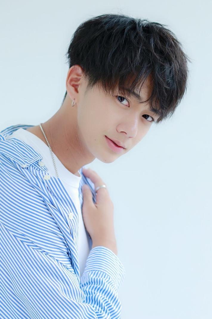 ファイン マッシュ 韓国風コンマバング メンズ 髪型 Lipps