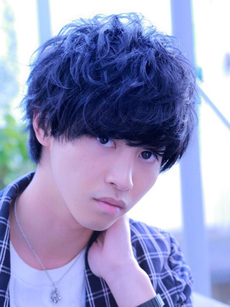 山崎賢人 髪型 ラフパーマ グランジ スマートマッシュ FRONT