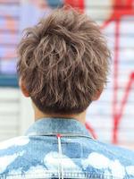 最新のヘアスタイル 男子 髪型 アシメ : メンズ髪型・ヘアカタログの ...