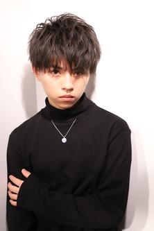 【重く見せない黒髪】テトラマッシュ