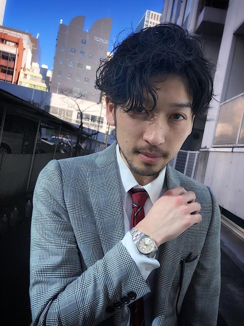 ビジネスマン メンズパーマ スーツスタイル FRONT