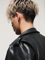 【長めの前髪が好きな方へ】センターパート×スパイラルパーマ BACKサムネイル