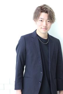 矢川誠也 写真